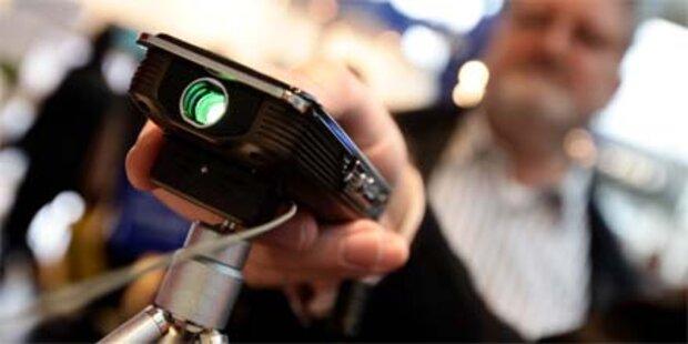 3D-Cam für 200 Euro & Beamer-Camcorder