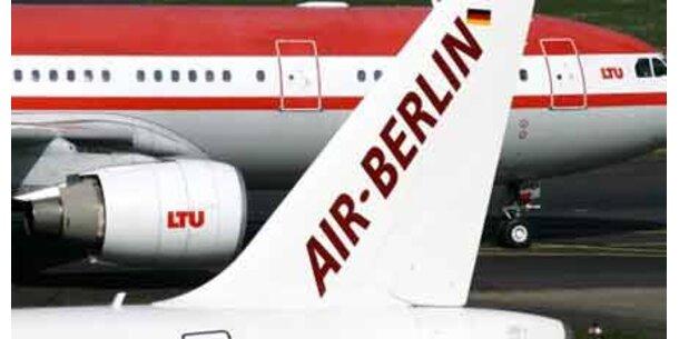 Air Berlin fliegt tiefer ins Minus