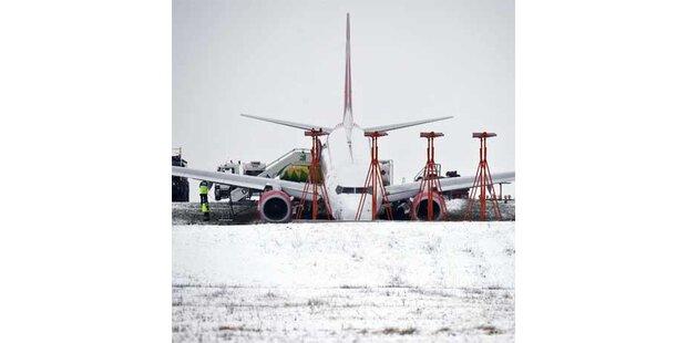 Air Berlin-Jet über Startbahn gerutscht