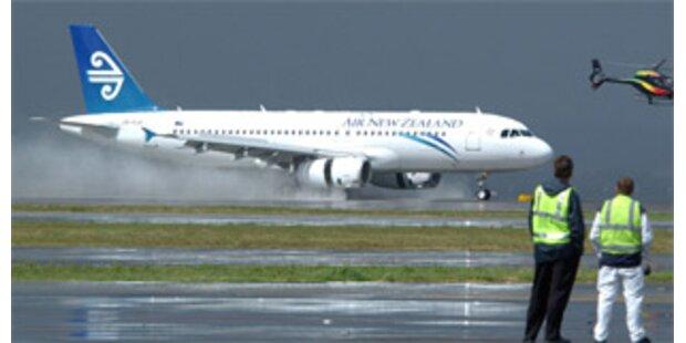Taucher bargen nach Airbus-Absturz weitere Leiche