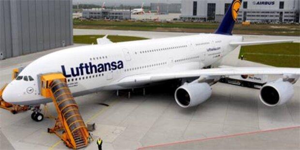 Riesenflieger A380 landet in Wien