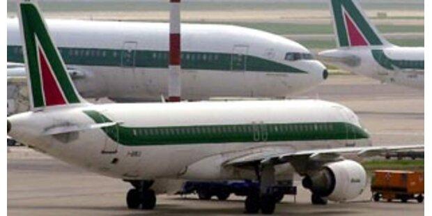 Randalierer zwingen Flugzeuge zu Notlandung