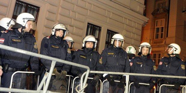Polizei rüstet sich für Akademikerball