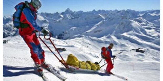 Schwere Skiunfälle mit Verletzten in Vorarlberg