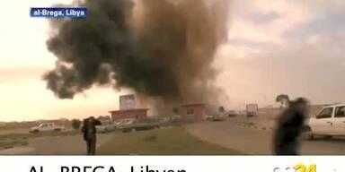 Gaddafi bombardiert Aufständische