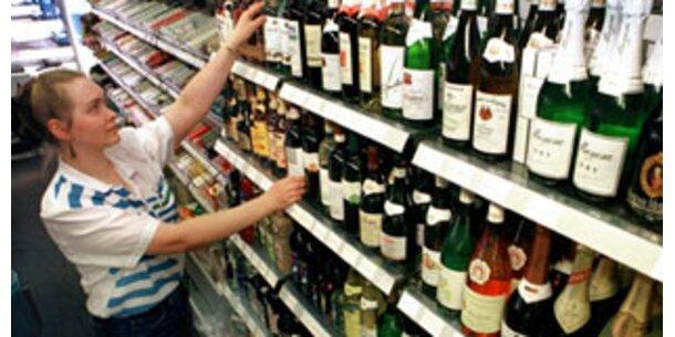 Greifen Frauen schneller zur Flasche?