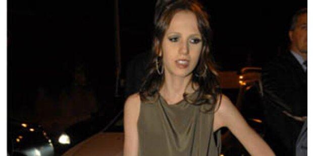 Donatellas Tochter wieder erschreckend dürr
