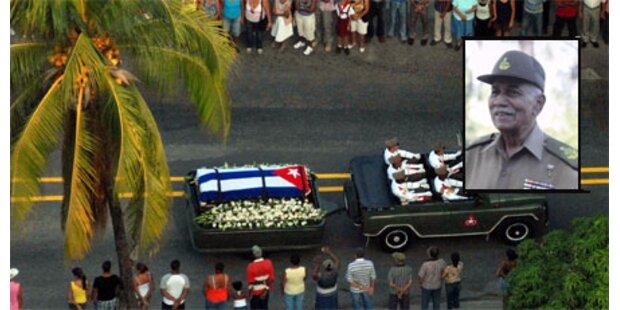 Kubas Revolutionsheld Almeida beigesetzt