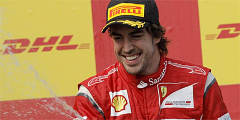 Alonso verlängert bei Ferrari