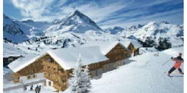 Neues Luxus-Feriendomizil in den Alpen