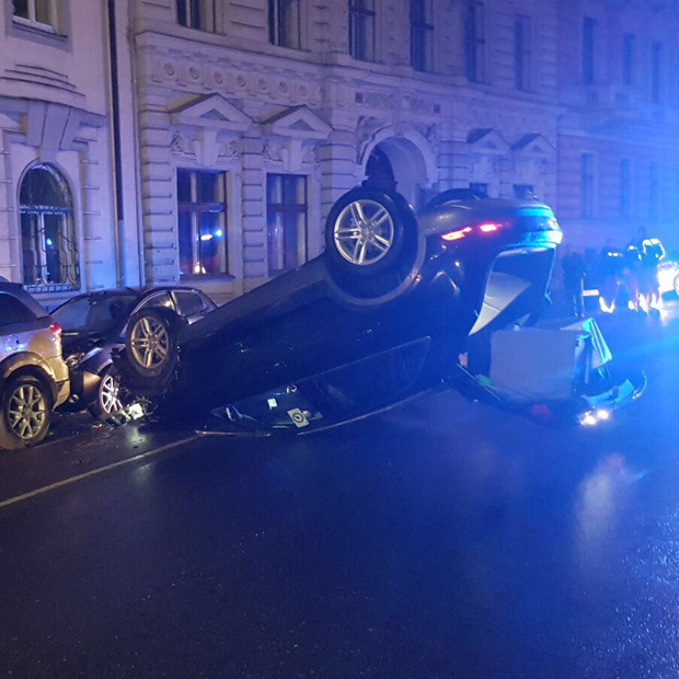 Spektakulärer Unfall mitten in Wien