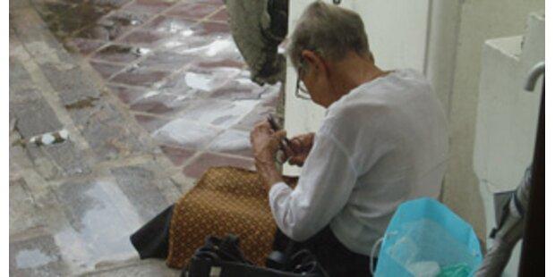 Mann setzte seine 83-jährige Mutter aus