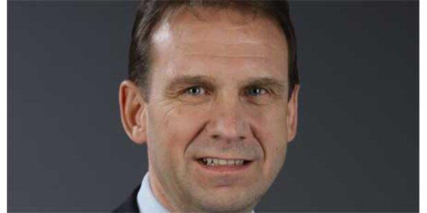 Althaus bleibt Spitzenkandidat der Thüringer CDU