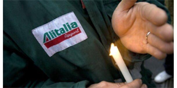 Proteste und Verspätungen: Turbulenter Start der neuen Alitalia
