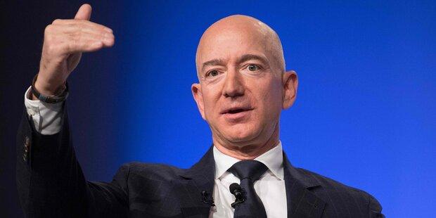 Mitarbeiter lässt seinen Boss Bezos auffliegen