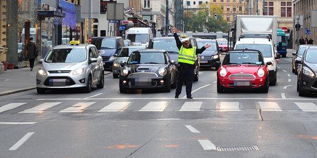 Ampel am Karlsplatz tagelang ausgefallen