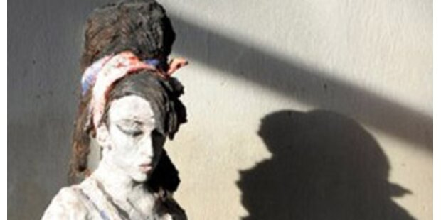 Künstler lässt Winehouse erstarren