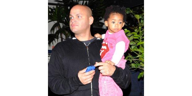 22 Monate: Hat Eddie Murphy Tochter nie getroffen?