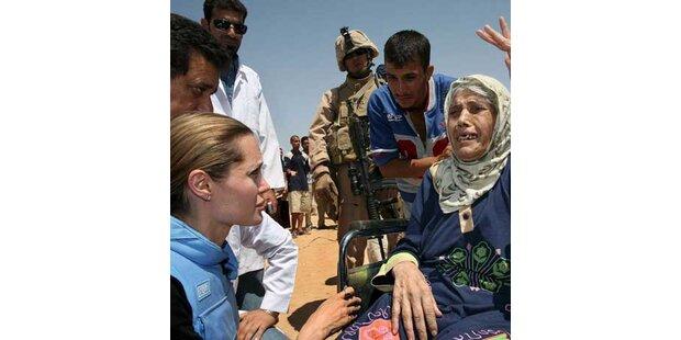 Angelina Jolie besucht Flüchtlinge im Irak