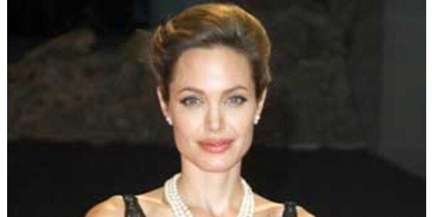 Angelina Ist Eine Handjob-Expertin