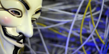 Anonymous hackte 10.295 Politiker-Emails