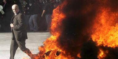 Griechische Extremisten kündigen Anschläge an