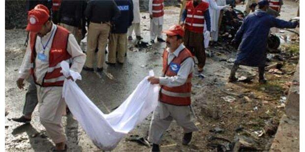 Selbstmordanschlag in Pakistan - 3 Tote