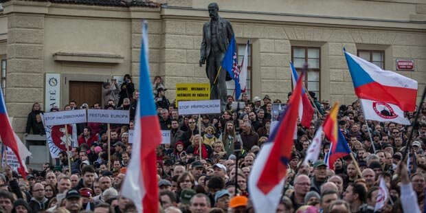 Fünf Verletzte bei Anti-Islam-Demo in Prag