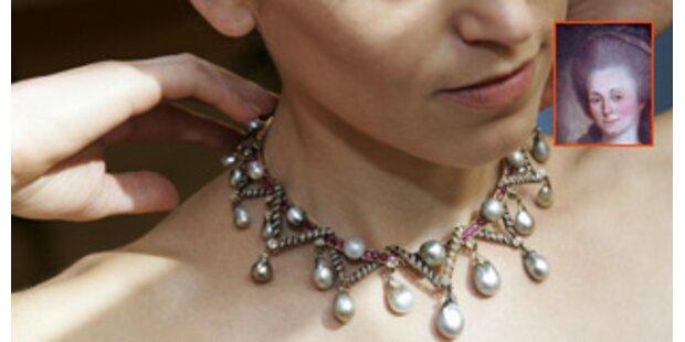 Perlenkette der Marie-Antoinette unter'm Hammer