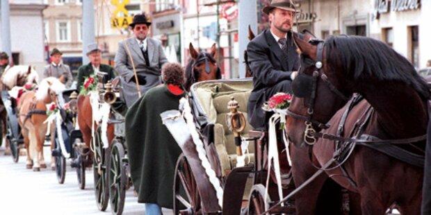 Frau (73) von Kutsche überrollt: tot