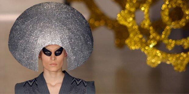 Körperteile und Aliens - Mode aus Kiew