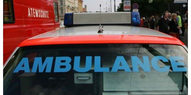 43-Jährige stürzte beim Fensterputzen in die Tiefe