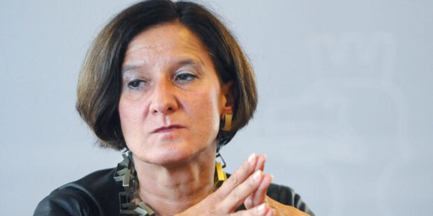 Innenministerin reist in den Kosovo