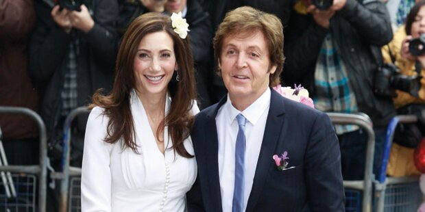 Paul McCartney flittert bei Mick Jagger
