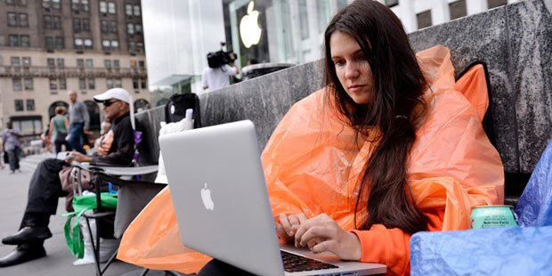 iPhone 6: Fans warten schon vor Apple Store