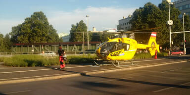 Spektakulärer Rettungseinsatz am Karlsplatz