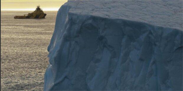 Über 100 Touristen erleiden Schiffbruch