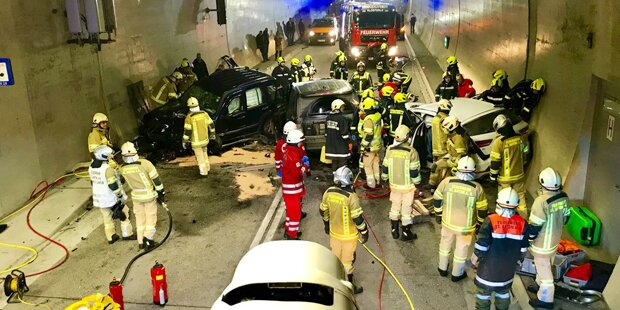 Arlbergtunnel: 11 Verletzte bei Unfall