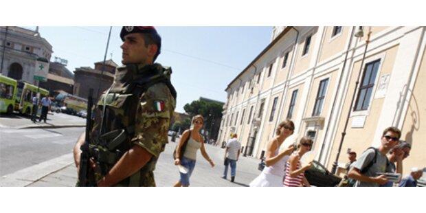 Berlusconi schickt Armee auf die Straße