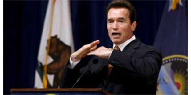 Arnie bettelt um Geld für Kalifornien
