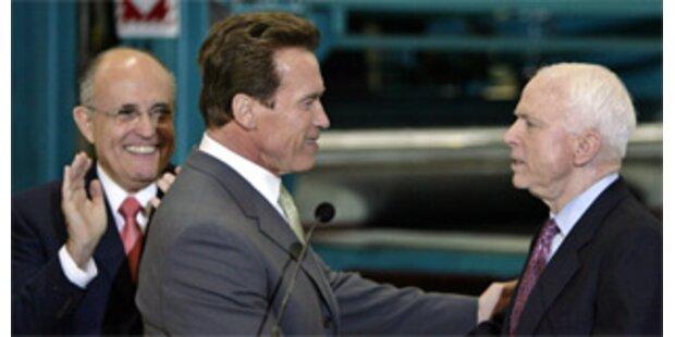 Schwarzenegger und Giuliani unterstützen McCain
