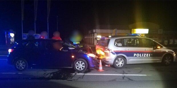 55-jährige Alkolenkerin rammte Polizeiauto in Klagenfurt