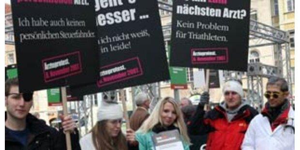 Wiens Ärzte protestieren gegen Einsparungen