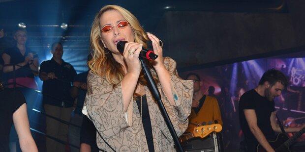 Anastacia rockt bei GZSZ