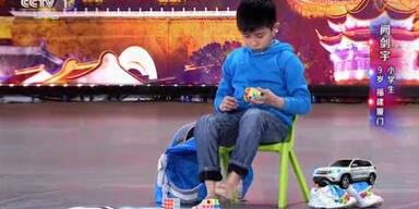 Asiatisches Kind mit irrem Talent!