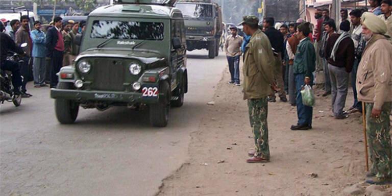 Zwei Tote bei Anschlägen in Assam