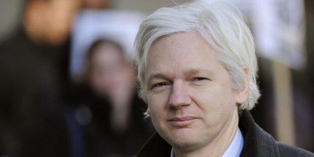 Ecuador verlängert Asyl für Julian Assange