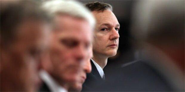 Julian Assange steckt in Einzelhaft