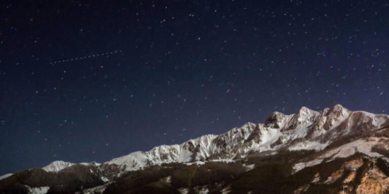 Hier fliegt der Mega-Asteroid über Österreich