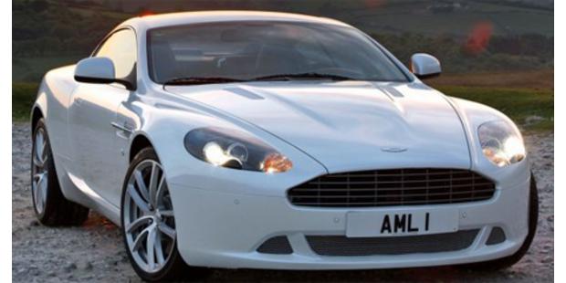 Aston Martin überarbeitet den BB9 inklusive Volante